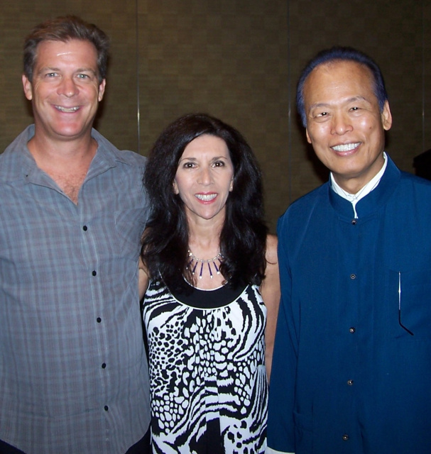 Jane Wakefield and Cliff Smith with Dr. Tei Fu Chen